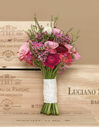 Brautstrauß für die Scheunenhochzeit - this bridal bouquet would be perfect for a rustic barn wedding - weddingstyle.de