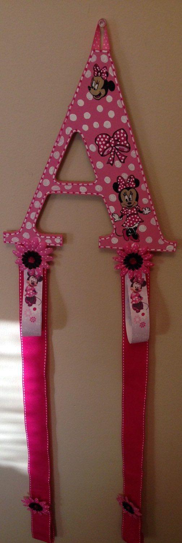 Minnie Mouse themed hair bow and head band par awcustomlettering