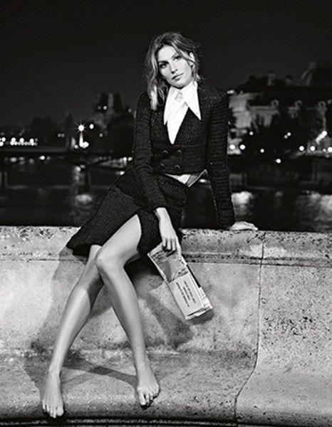 Gisele peut être une parfaite surfeuse le jour et une Parisienne très élégante la nuit ! http://www.elle.fr/Mode/Les-news-mode/Autres-news/Gisele-Buendchen-comme-vous-ne-l-avez-jamais-vue-pour-Chanel-2873010