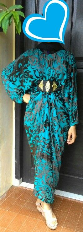 #kaftan Kaftan dengan bahan braso, yang timbul seperti beludru, tampak mewah. Pengiriman dari Jakarta, all size. Harga Rp 500.000