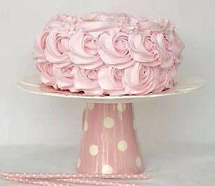 Confira esta super receita de Como Fazer Chantininho e faça coberturas e recheios de bolos e cupcakes maravilhosos! Vamos ao passo a passo da receita! Ingredientes: 500 ml de Chantilly batid…