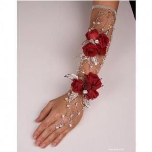 Delilah Arm Corsage. I have never seen something so beautiful! Who knew.