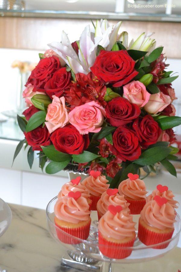 de cores vivas para decoração dois tons de rosa vermelho e dourado