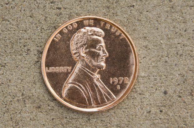 ¿Por qué se oxidan las monedas de un centavo de dólar?