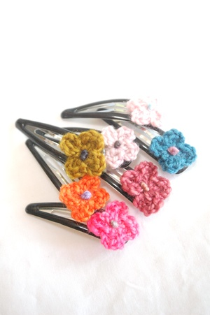Makie crochet hair pin