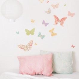 Love Mae vlinders Butterflies Girly Muurstickers    Super leuk deze Love Mae vlinders, Butterflies Girly Muurstickers!