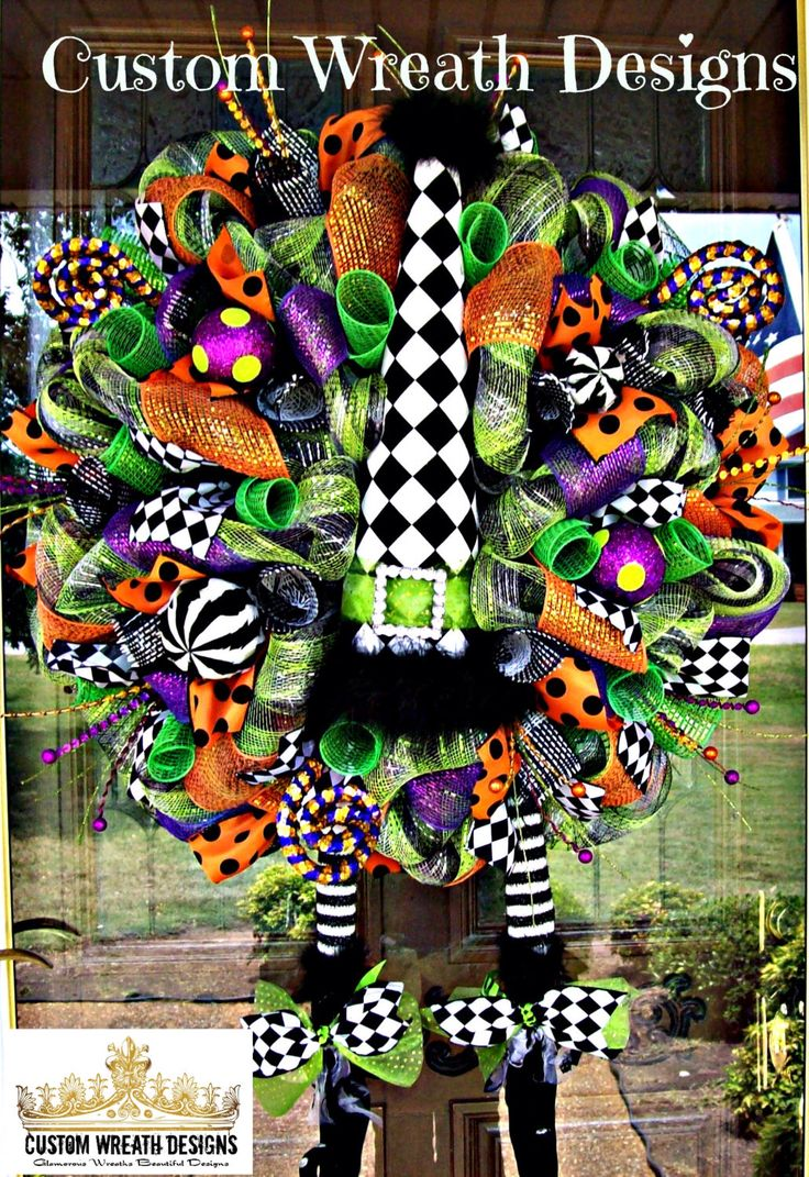 Whimsical Halloween Diamond Check Witch Hat and Boots Wreath by lilmaddydesigns on Etsy https://www.etsy.com/listing/195356512/whimsical-halloween-diamond-check-witch