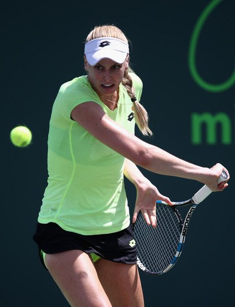 Naomi Broady Photos Photos - Naomi Broady of Great Britain in action against Marina Erakovic of New Zealand in qualifying at Crandon Park Tennis Center on March 20, 2017 in Key Biscayne, Florida. - 2017 Miami Open - Day 1