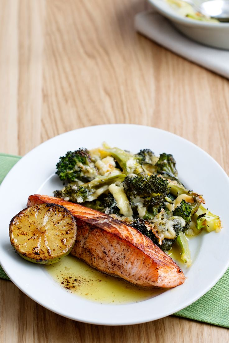 Broiled Salmon with Broccoli and Cheese
