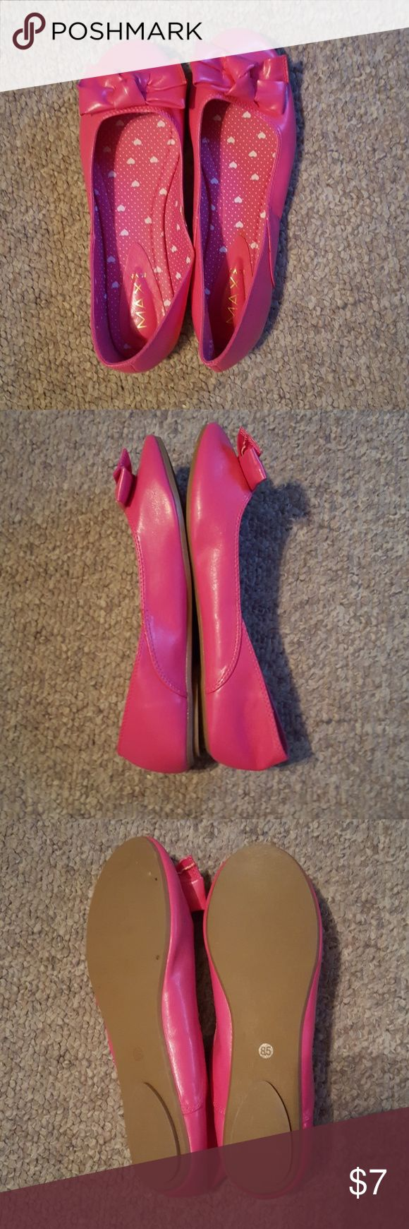 NWOT bright pink ballet flats with bows NWOT bright hot pink ballet flats with big bows. Says 8 1/2 fits more like an 8. Never worn Max Rave Shoes Flats & Loafers