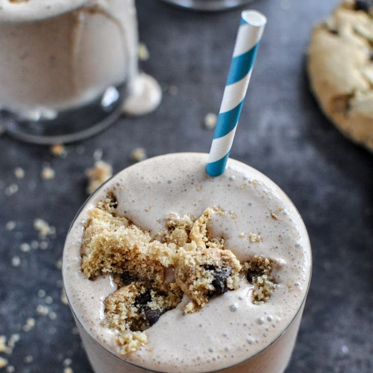 Chocolate Chip Cookie Bailey's Milkshakes Recipe   FOOD PORN ALCOHOL COCKTAILS DRINKS SUMMERTIME #ALCOHOL #COCKTAILS #DRINKS #SUMMERIME alcoholic Drinks Party Ideas Holidays Holiday Drinks