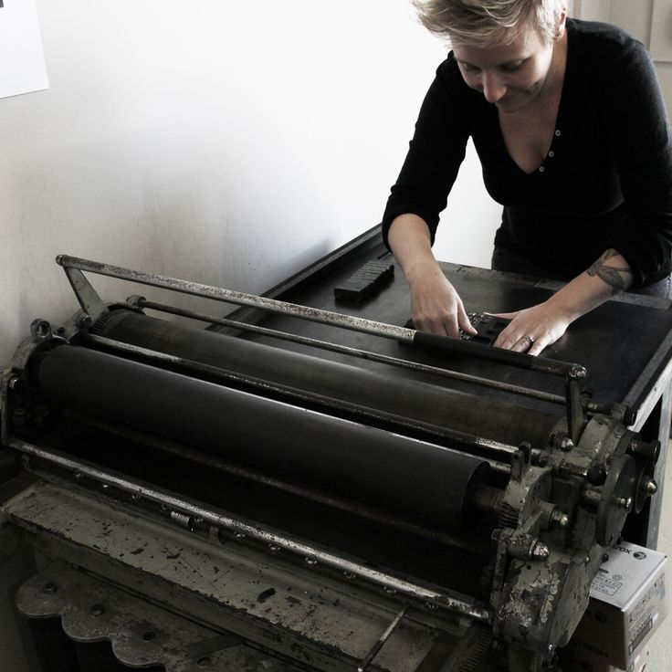 We had the privilege to attend Designworks Get Inky Letterpress Workshop over the weekend with renown typographer Nicole Phillips.