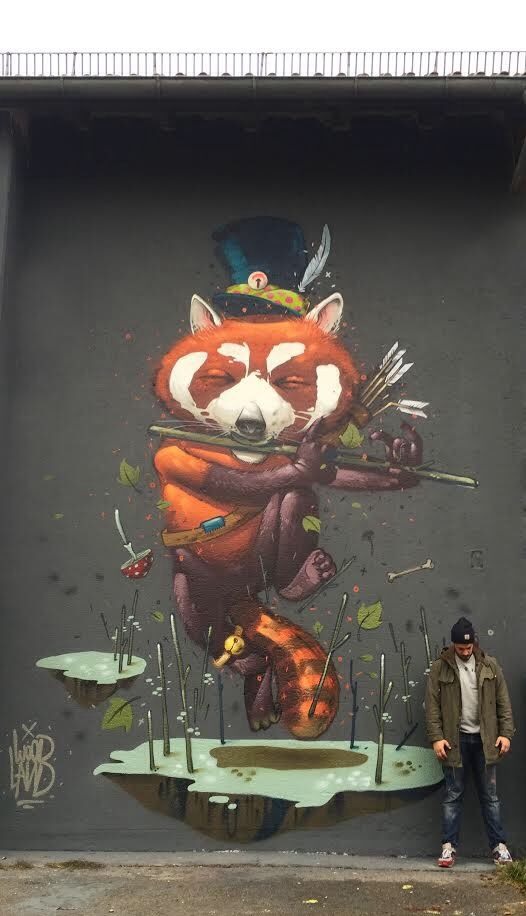"""Mr.Woodland with his new work """"Dancing through the Autumn"""", in Augsburg, Germany. 10/14 (LP)"""