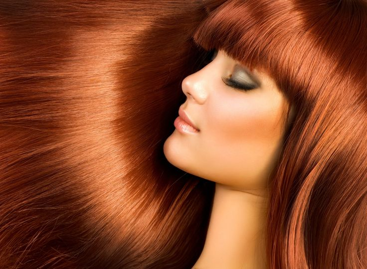 By mixing baking soda with your shampoo, you can get a cleaner scalp and shinier hair.