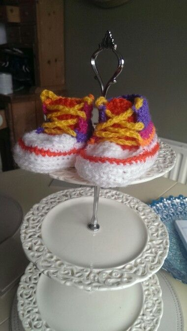 Baby high tops in rainbow merry go round wool.