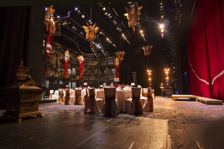 Although the Royal Opera House has multiple kitchens, for events such as this we set up a field kitchen to the side of the stage