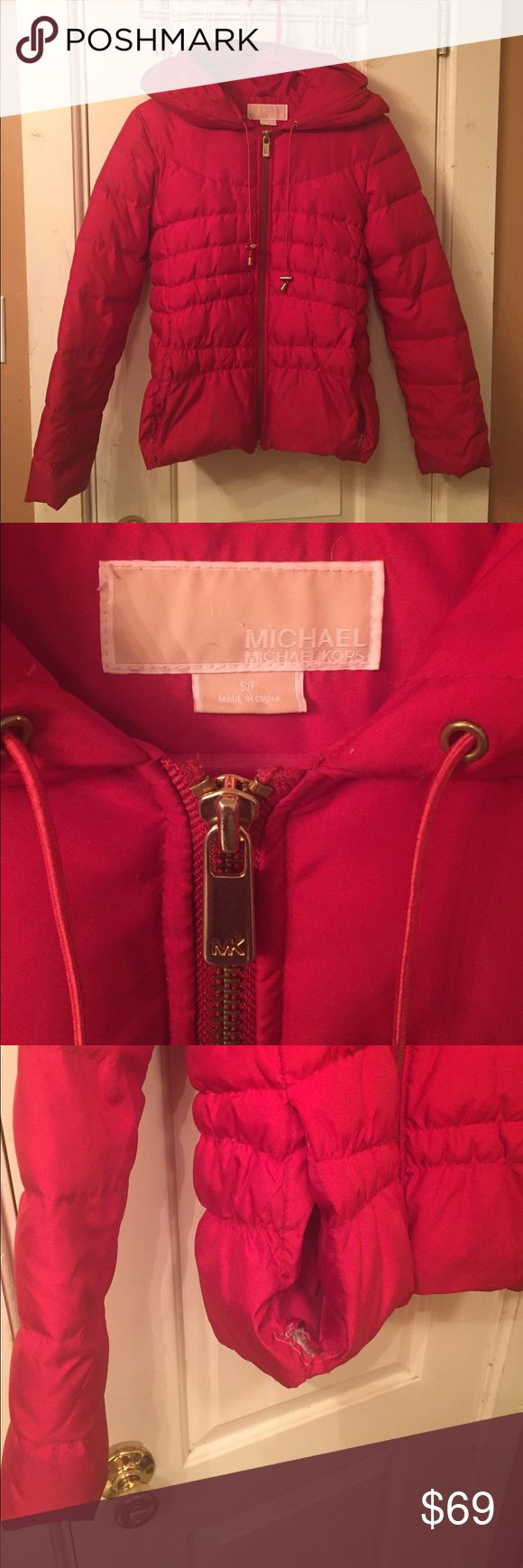 Red MICHAEL Michael Kors Coat Size S Beautiful all Red MICHAEL  Michael Kors Down Feather Puffer Coat. Feel free to make an offer. Size Small MICHAEL Michael Kors Jackets & Coats Puffers