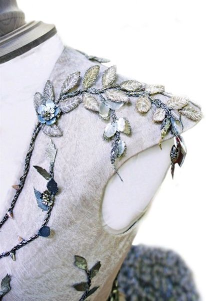 A Compilation of Game of Thrones References — Details | Margaery Tyrell's wedding dress | Game...