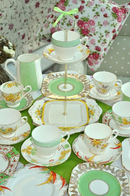 Green and Yellow Art Deco Tea Set by cake-stand-heaven, via Flickr