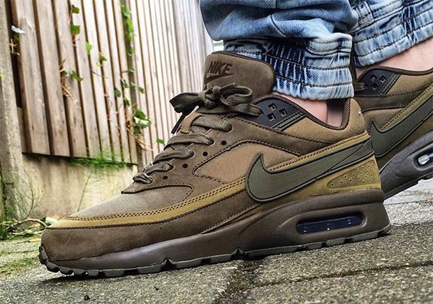 huge selection of 13f92 54f89 The Nike Air Max BW is back for Fall Winter 2016 in a premium