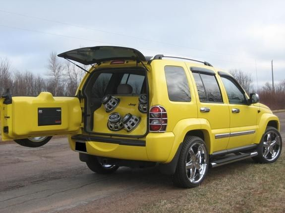 Jeep Liberty Renegade custom | 2006 Jeep Liberty - Somewheres, PE owned by yellowliberty20 Page:1 at ...