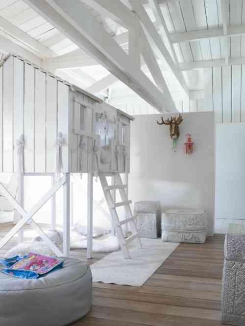 Les 17 meilleures images du tableau lits enfant sur pinterest lit enfant lits mezzanine et - Cabane interieur fille ...