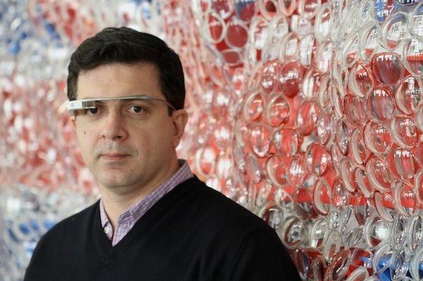 La prima opera d'arte interattiva con i Google Glass