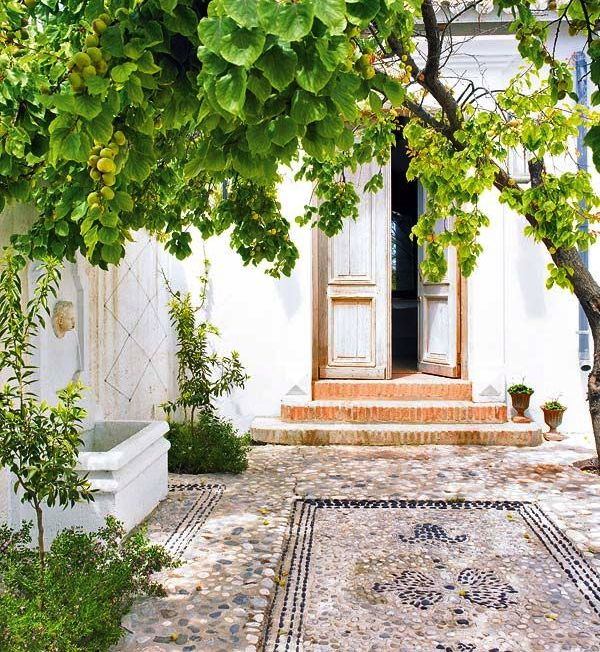 Spanish Style Homes With Courtyards: 53 Best Courtyards Images On Pinterest