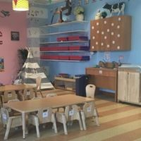 Join Smarter Toddler Williamsburg for an evening tour where you will have an opportunity to visit our facilities and peek into our music-filled classrooms.  M