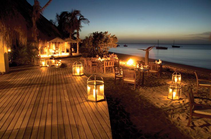 Beach dining at Azura.