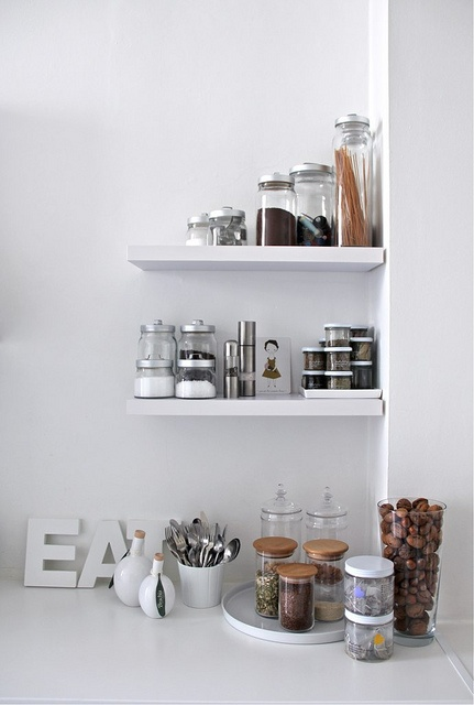 i love these little short shelves. so smart looking! via decor8
