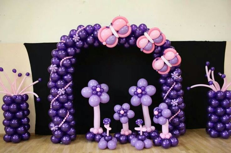Butterfly and flower ballon decoration! Awesome