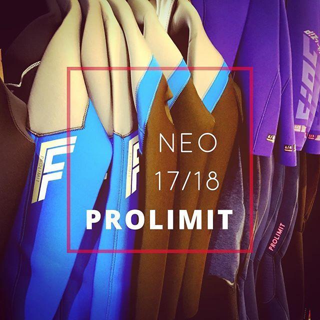 Collection hiver 17/18 #prolimit dans le shop Axelair . Discount spécial @takoonfamily  c'est now! #kitesurf #kiteshop #néoprène #winter