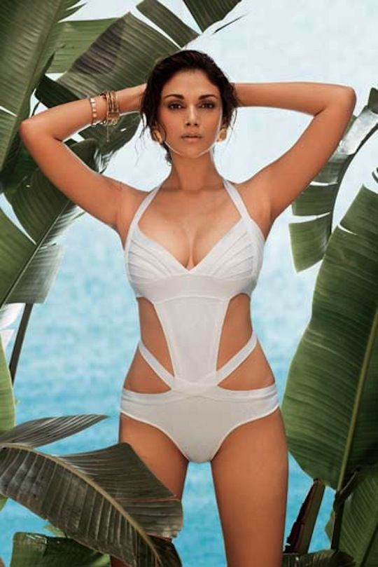 Aditi Rao Hydari in Bikini Hot and Sexy