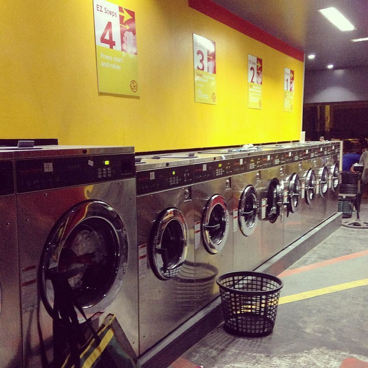 So we tried out the nearby laundromat after work. It was pretty rad. #adulting