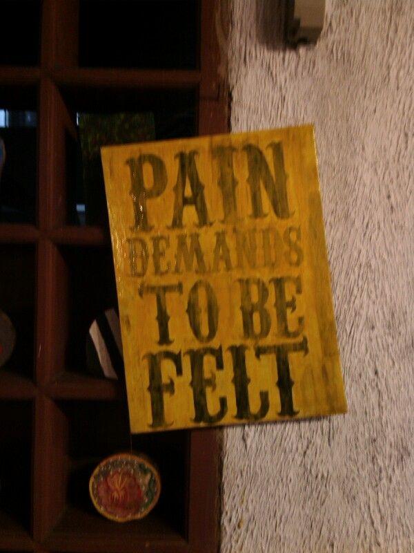 pain demans to be felt #typography #art