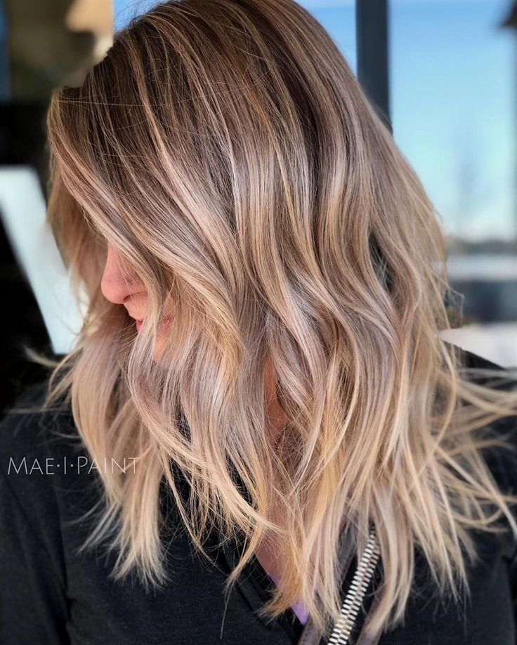 Cool Ash Blonde Balayage Shades Silver Shoulder Length Straight Beige Sandy Icy Blonde Balayage Ash Blonde Balayage Balayage Straight Hair