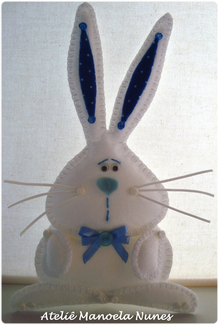 Enfeite de Coelho de Feltro Bordado.: Rabbit, Ornament, Fabulous Felt, Easter Spring Ideas