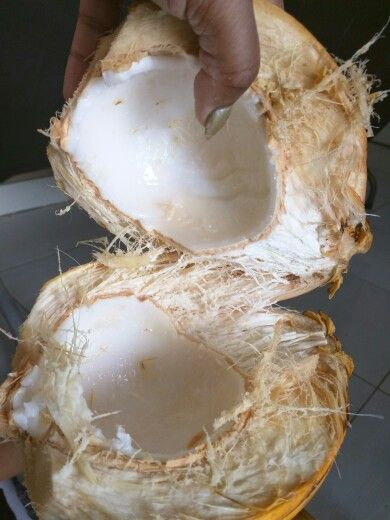 Coconut in SU...chopped by ME ..LOL