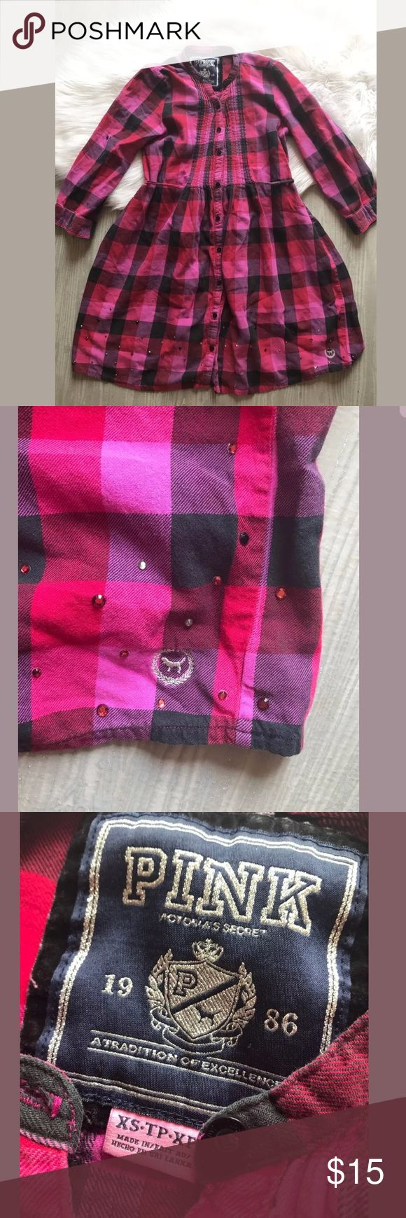 PINK Victoria's Secret Pink Black Flannel tunic Armpit to armpit: 15 in  Top of shoulder to bottom hem: 32 in  Smoke free home  Gently used without flaws PINK Victoria's Secret Tops Tunics