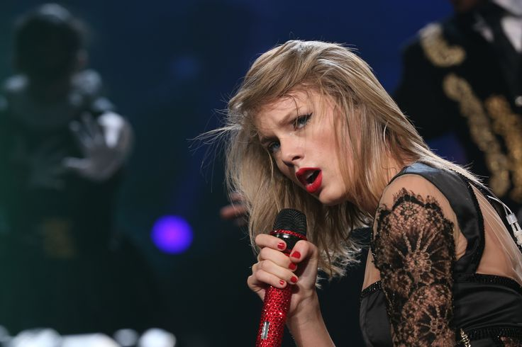 Taylor Swift Web Photo Gallery: Click image to close this window