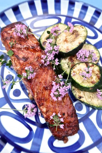 Scrumpdillyicious: Grilled Organic Salmon & Zucchini with Lemon Thyme