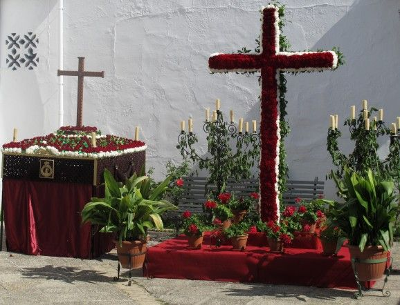 Floral cross, part of Cruces de Mayo festival in Ecija.