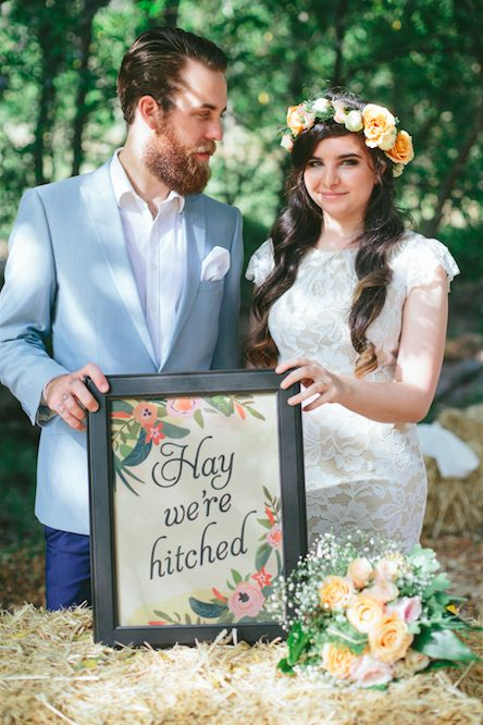 Wedding Signs. Country Wedding. http://www.forevaevents.com.au/portfolio/hay-were-hitched/