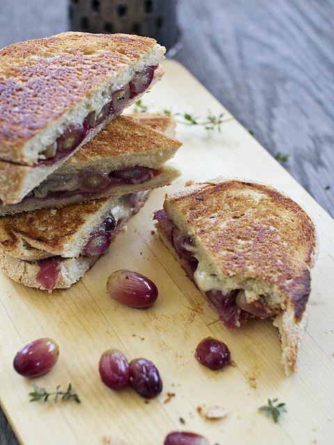 Roasted grape, Gruyere Cheese and Prosciutto Toastie by spicyicecream
