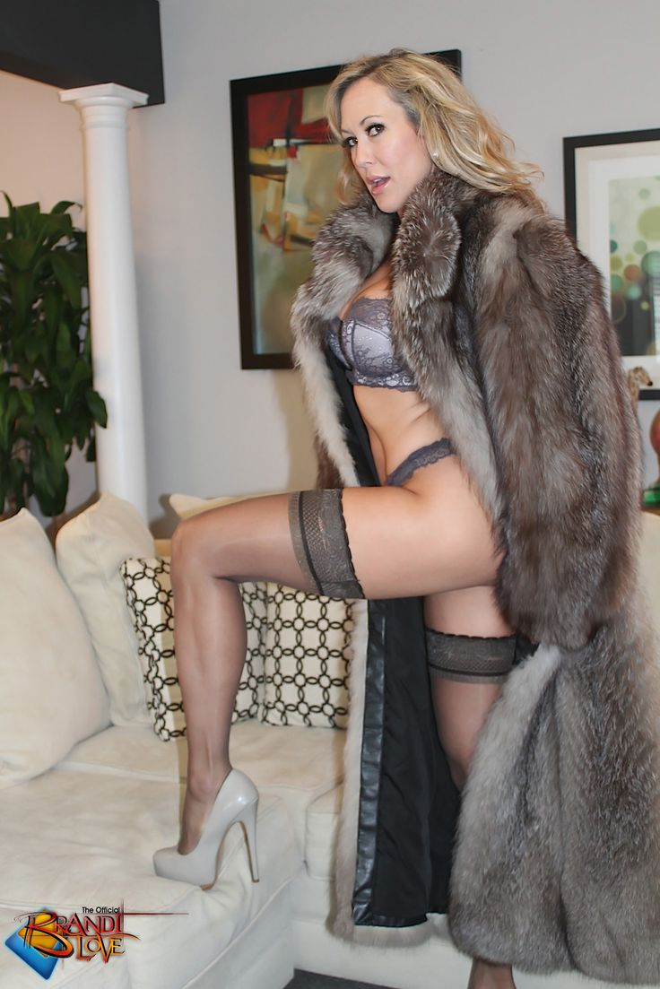 mature women in furs porn