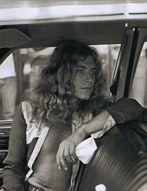 ROBERT PLANT aka BEAUTIFUL man.