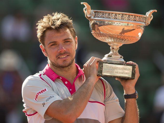 Stan Wawrinka upsets Novak Djokovic for French Open title