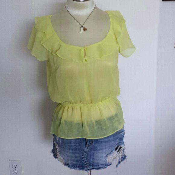 NWT Soft sheer yellow boho festival blouse NWT Soft sheer yellow boho festival blouse. Can wear tank underor bandeau. 100% polyester.  Fits size 0 to 6. Pair with your favorite jeans or cutoffs! Message me with any questions.  Xo Forever 21 Tops Blouses