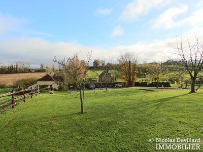 Vente propriété avec 3 maisons à vendre avec 2 gîtes et grande maison principale à Livarot dans le Calvados